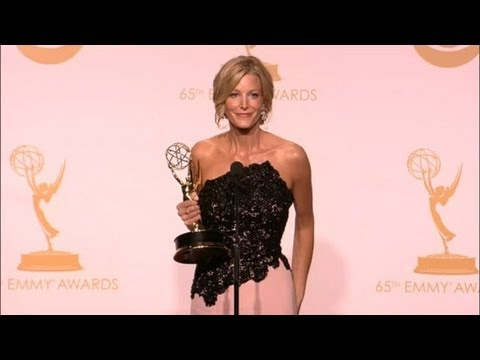 "Anna Gunn Addresses ""Skyler Haters"" and Reuniting With Her Breaking Bad Family 