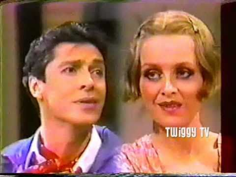 TWIGGY and TOMMY TUNE perform BOY WANTED / SOON from 'My One And Only' (1983)