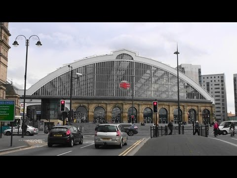 Underground & Overground - Liverpool Lime Street National Rail & Underground Train Stations