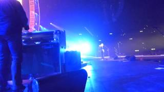 Queen - Days of your lifes - sung by Roger Taylor - Hallenstadion live 19. Februar 2015 Zürich