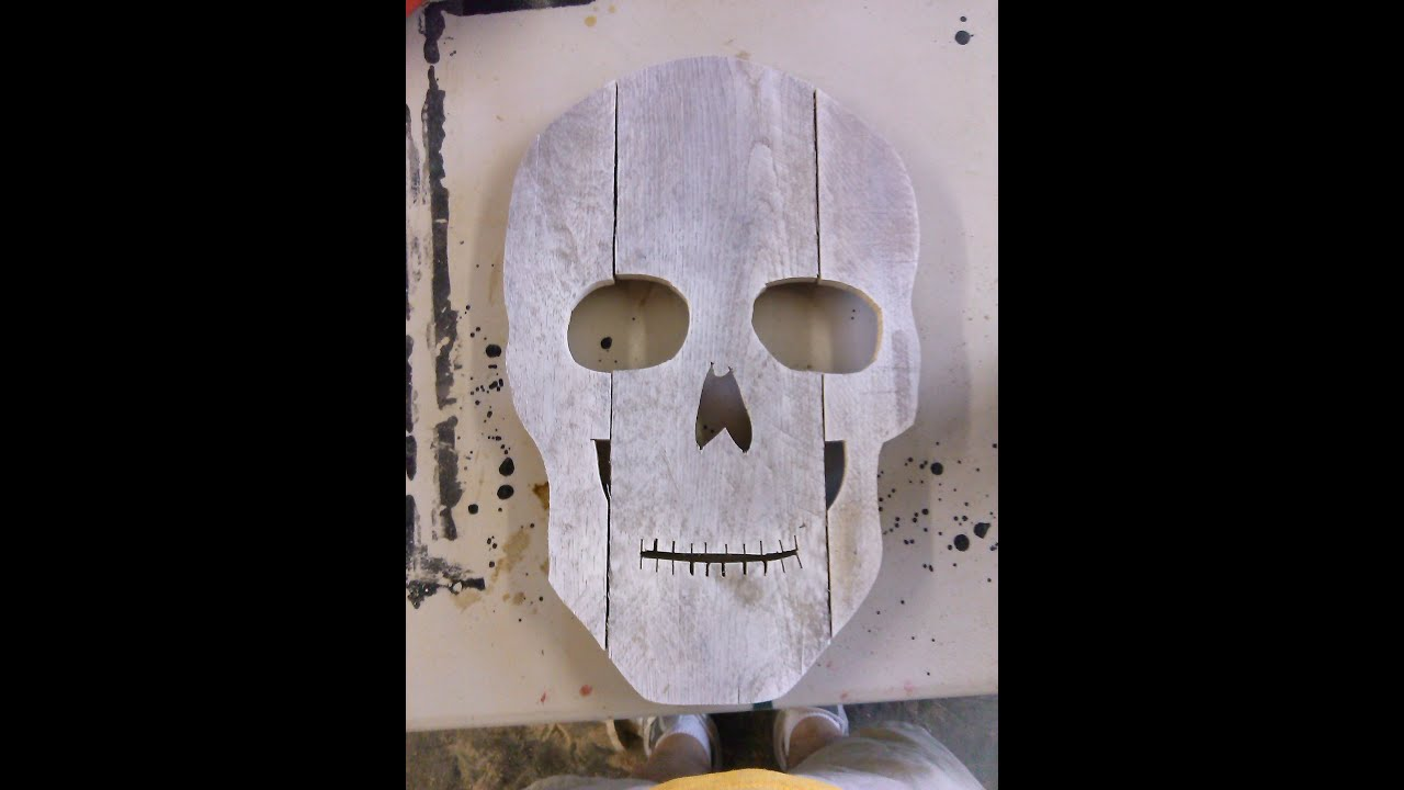 Halloween skulls decoration - How To Make A Skull Head For Halloween Decoration Out Of Old Pallets