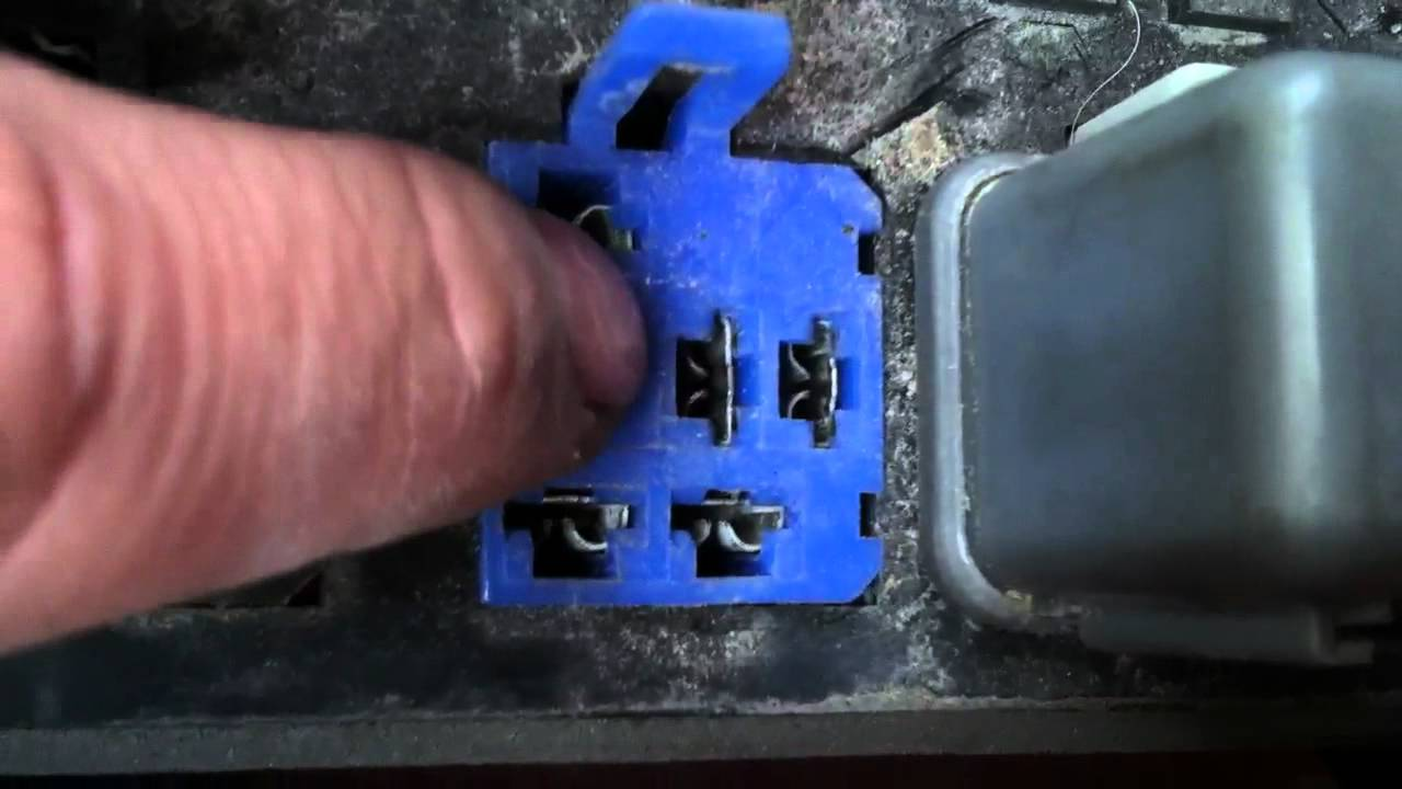 Isuzu trooper fuse box - YouTube