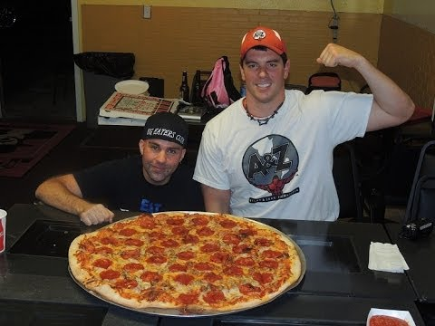 """Download 30"""" Carnivore Pizza Challenge w/ Big Eaters Club!!"""