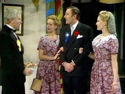 Dad's Army - War Dance - NL Ondertiteld - ...... the party comes later....