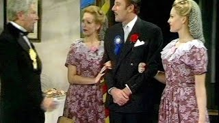 Dad's Army - War Dance - NL Ondertiteld - ... the party comes later...