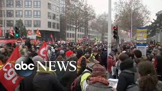 Workers strike in Paris over changes to France's retirement plan l ABC News