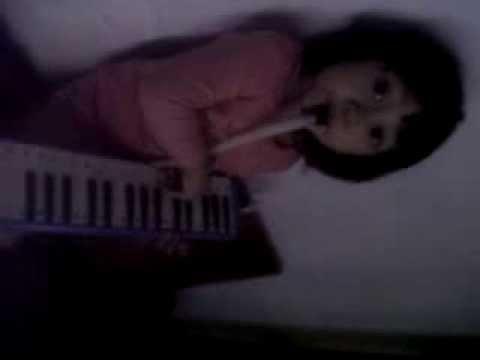 harlla khansa - belajar pianika -