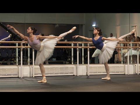 The Royal Ballet rehearse La Bayadère