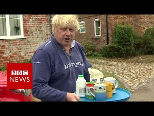The former foreign secretary Boris Johnson offers tea instead of answers - BBC News