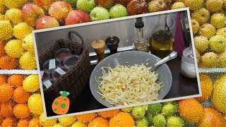 №12. Салат с курицей, капустой и кукурузой