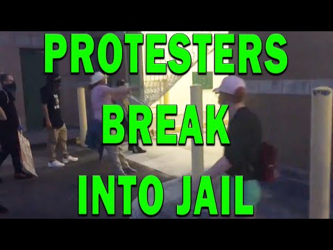 breaking-news:-tampa-protesters-breach-sheriff's-jail-on-video-coverup---leo-round-table-s05e26a