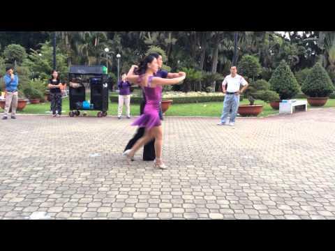 Tango bài 1 - CLB Khiêu vũ dưỡng sinh Nhịp sống vui