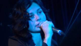 Chinawoman - Aviva (live @ 16 Tons Club)