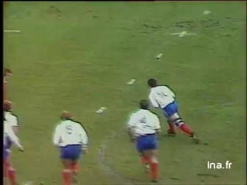 Rugby les brutalit s doovi for Interieur sport wilkinson