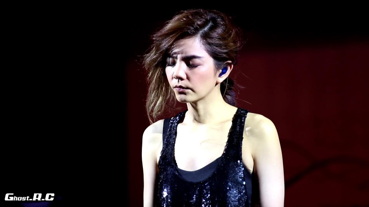 Ella (陳嘉樺) - 想念自己 @ 香港生力啤酒節2015.7.5 [Ghost.R.C] - YouTube