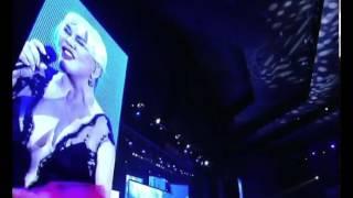 """Sezen Aksu """"Unuttun mu Beni"""" (17.05.2011 - Kral TV Müzik Ödülleri) Video"""