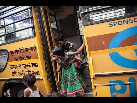 Le projet School on Wheels de Plan International à Bombay on YouTube