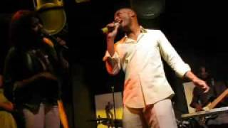 "Deborah Cox & Kenny Latimore @ Uptown perform ""We Can"