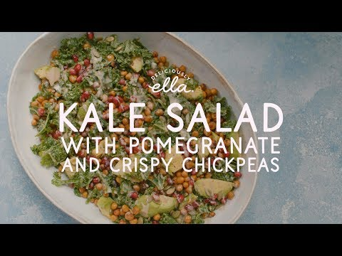 Kale Tahini Salad With Crispy Chickpeas