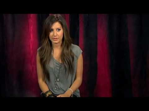 Ashley Tisdale Describes Kissing Zac Efron