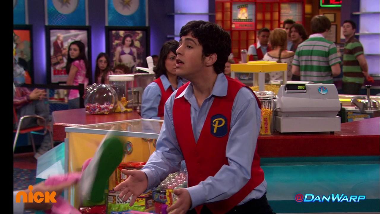Frohe Weihnachten Drake Josh.Dan Schneider Drake Josh Really Big Shrimp Part 2 Crazy Steve S Bad Day