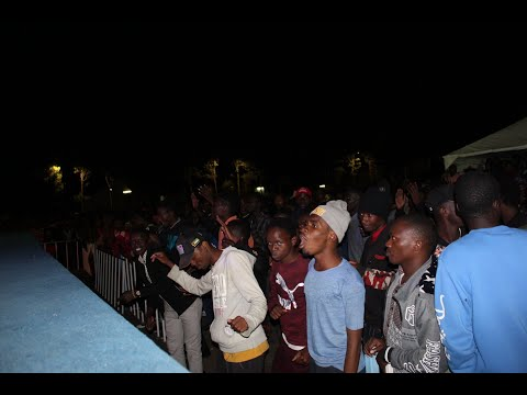 Gideonaire & Raid performing OMOISI OMOBE at Kenyatta University