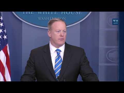 Trump's Press Secretary Tuesday Briefing- Full Session