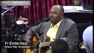 Fr Emile Kazi chante à Grace Tab., Bruxelles