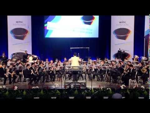 """""""สรรเสริญพระบารมี"""" บนเวทีประกวดดนตรีโลก WMC2013"""