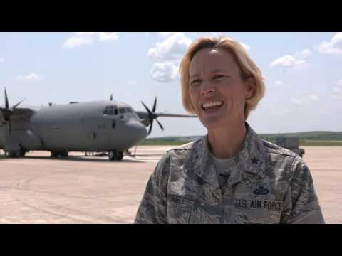 Royal Canadian Air Force delivers Hurricane Harvey relief supplies to JBSA-Lackland Kelly Field