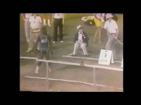 CARL LEWIS 30 FEET IN LONG JUMP? (1982)