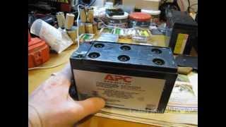 Как восстановить аккумулятор от ИБП(Доливаем дистиллированную воду в аккумулятор от бесперебойника. Воды должно быть столько, чтобы стекломат..., 2013-02-13T03:23:01.000Z)