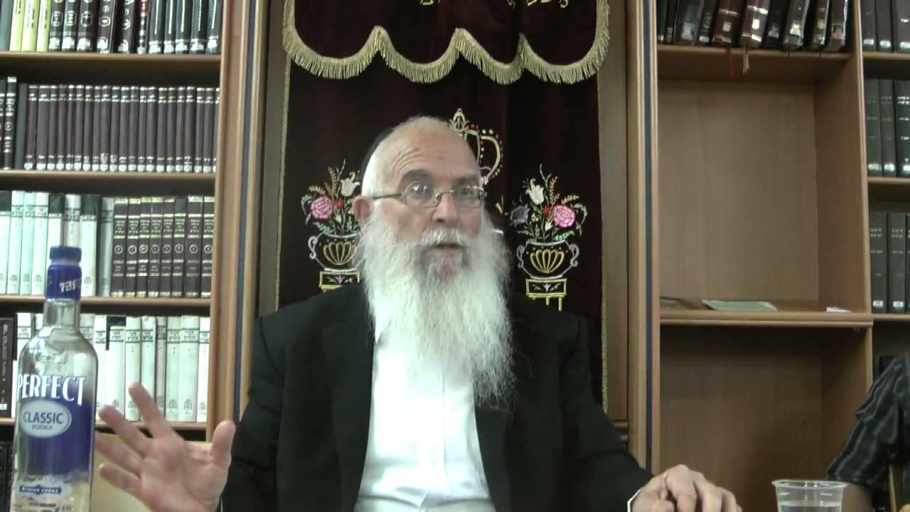 """תשובה באור חסידות חב""""ד - הרב יחזקאל סופר"""