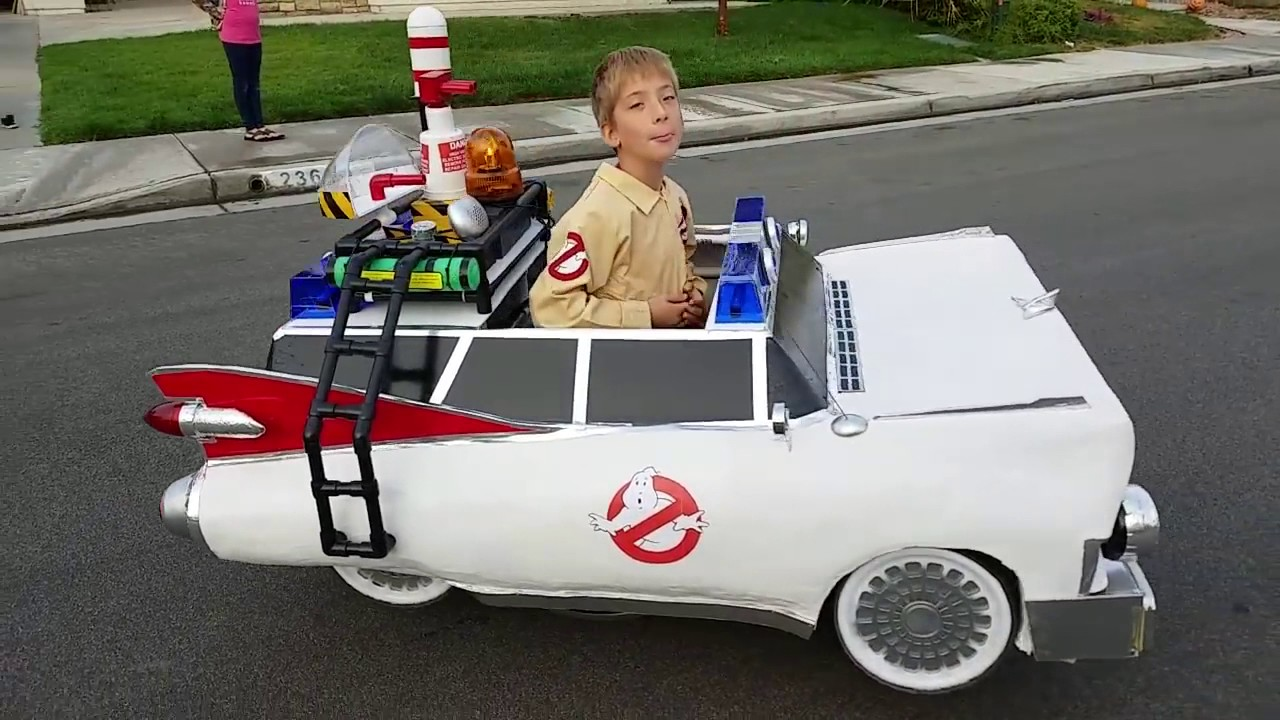 Kid Wins Halloween With Awesome Ghostbusters Costume  sc 1 st  YouTube : ghostbuster costume for kids  - Germanpascual.Com