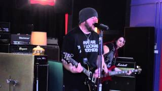 Toehider perform You And I - live from Pony Music for Guitar Gods