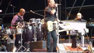 Bruce Springsteen - Cadillac Ranch (Paris, June 29, 2013)