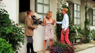 Liebeskitsch auf Rayburn Mansion - der typische Pilcher Film | Walulis sieht fern