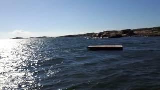 Här är en blåsig dag i badplatsen Lapposand på Hönö