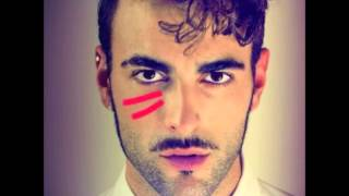 Watch Marco Mengoni Spari Nel Deserto video