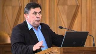 Bujalos István (egyetemi docens, DE BTK Esztétika és Etika Tanszék) Thumbnail