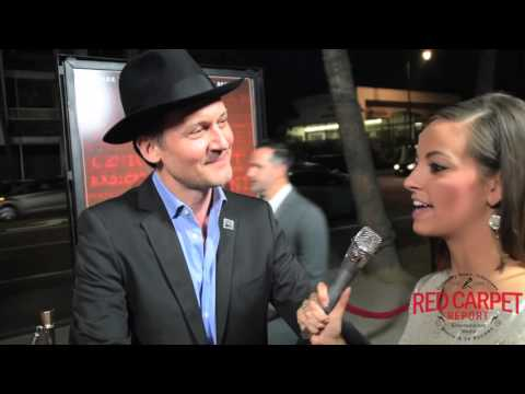 Johnny Sneed Interviewed on the Red Carpet at U.S. Premiere of TRUMBO #TrumboMovie