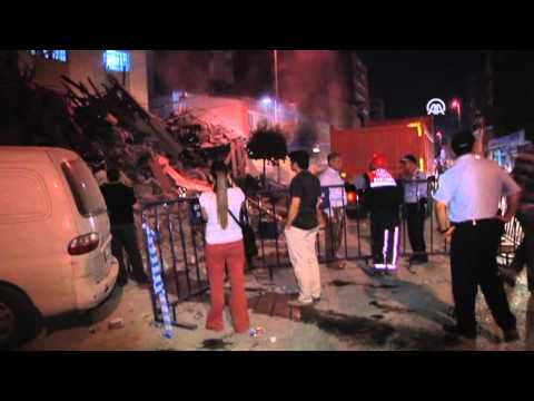 Anadolu Agency - Building collapses in Istanbul