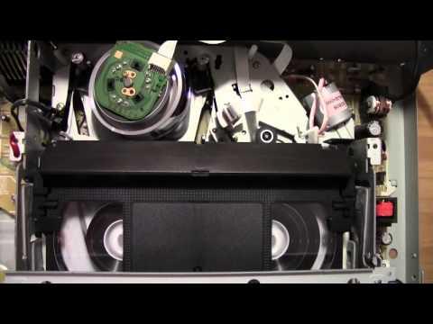 Akai VS-K606N videocassette recorder - Rewind cycle