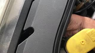 TUTO Comment remplacer changer ampoule des feux de position avant de Renault scenic 2