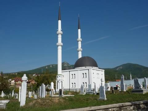Bosnia's Fragile Peace: Continuing Struggles for Bosnia and Herzegovina