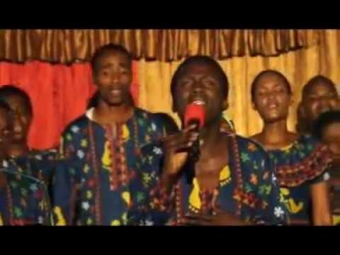 Download EFATHA MINISTRY MASS CHOIR 2015 - NIUMBIE MOYO SAFI