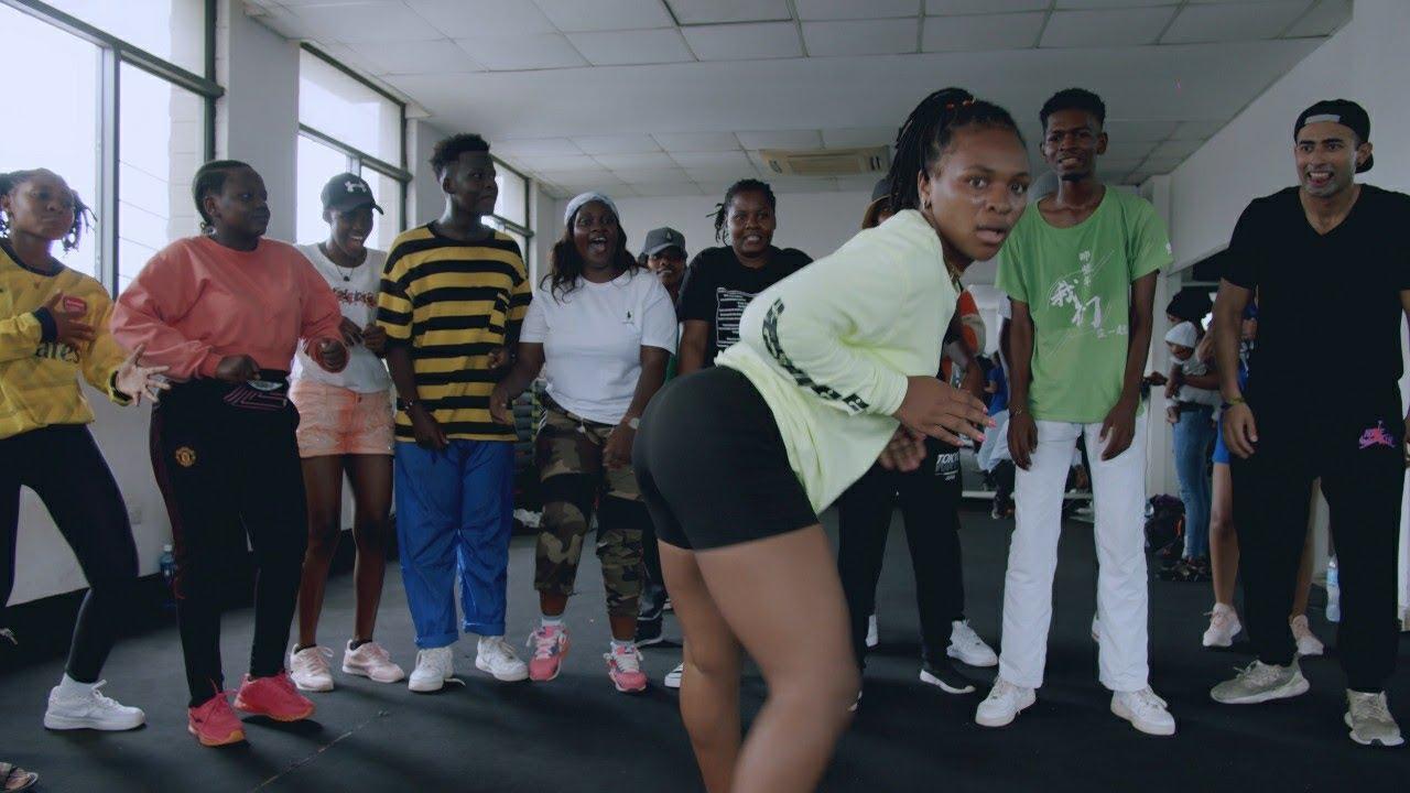Download Tazama Dancers Tanzania 🇹🇿 wakicheza kama Ghana 🇬🇭