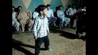 Pakistani baby dance on song