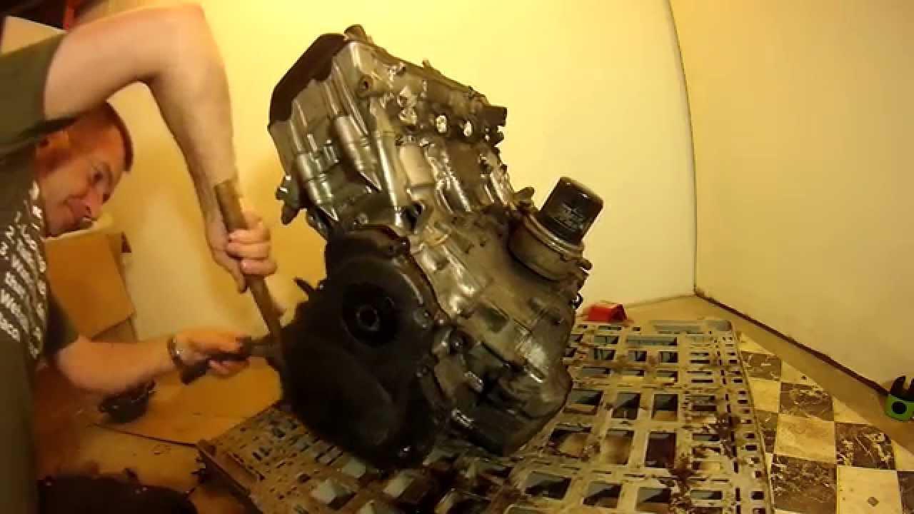 cbr954 cbr929 fireblade engine strip down and gearbox removal [ 1280 x 720 Pixel ]