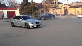 BMW M3 sedan (E90) Burnout(Видео DagLow.ru http://daglow.ru/content/bmw-m3-sedan-e90., 2013-03-29T18:42:11.000Z)